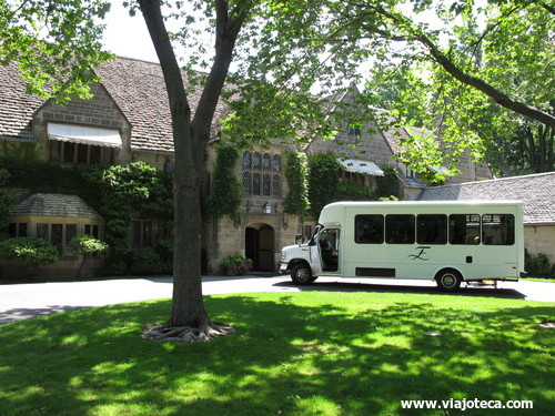 Edsel & Eleanor Ford House11
