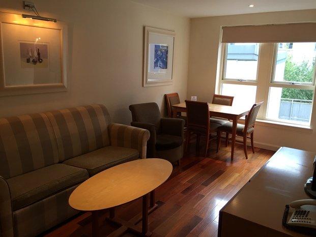 Apartamento em Edimburgo sala3