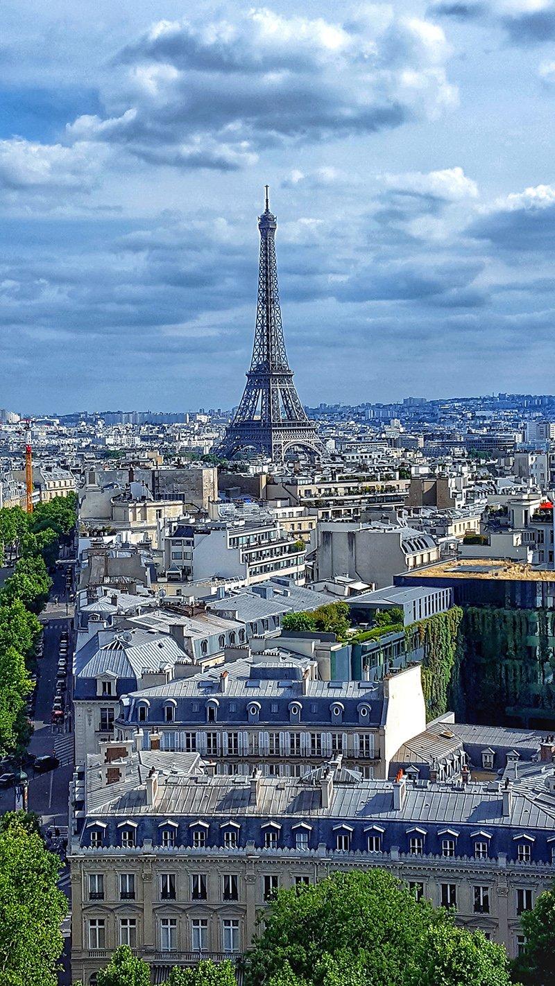 Não suba na Torre Eiffel