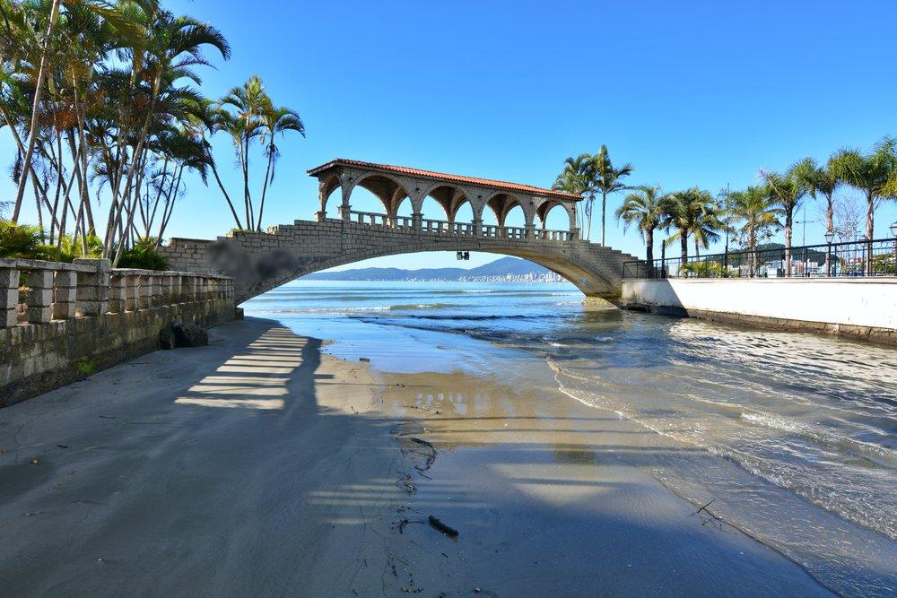 Praias de Santa Catarina - Itapema Ponte dos Suspiros